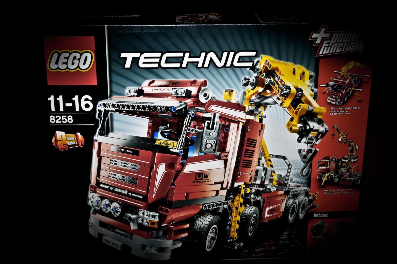 Lego Technik 8258 1
